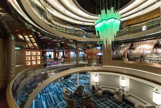 Atrium on Nieuw Amsterdam