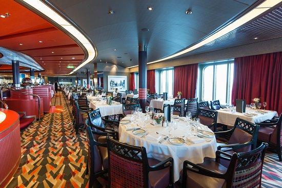 Manhattan Dining Room on Nieuw Amsterdam