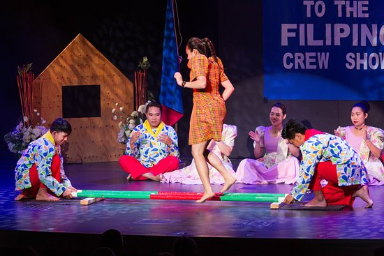 """""""The Filipino Crew Show"""" at The Main Stage on Nieuw Amsterdam"""