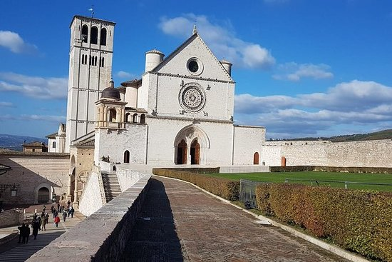 Private Tour: Assisi and Orvieto Day...