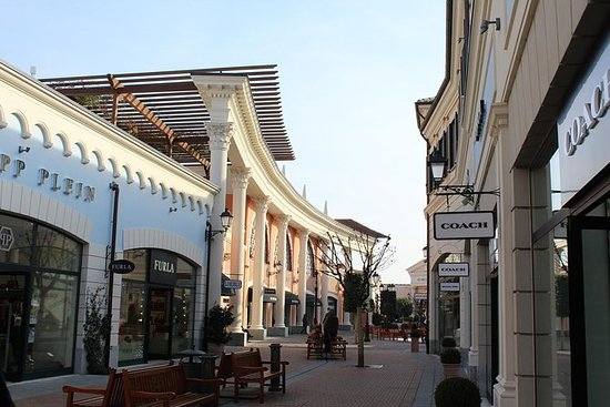 Roma: Castel Romano Outlet Shopping...