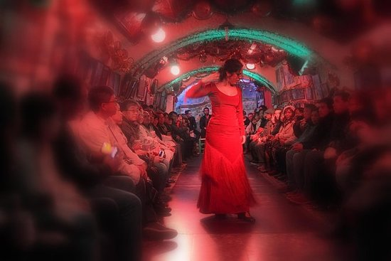 Spectacle de flamenco dans la grotte...