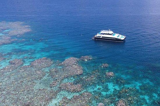 Crucero exterior de la Gran Barrera...