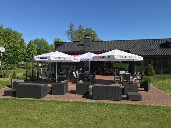 Restaurant Loch19 im Golfclub Sauerland: Unsere schöne Terrasse