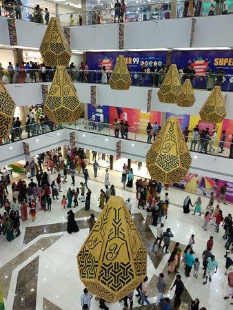 Y Mall