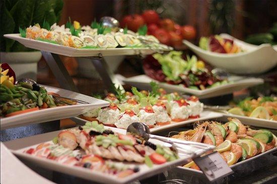 مطعم الفردوس جدة تعليقات حول المطاعم Tripadvisor