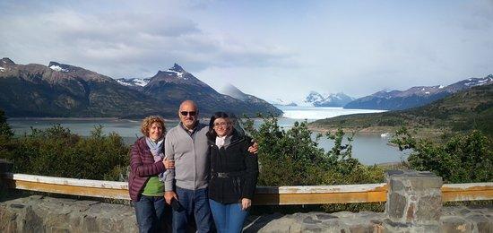 Traslados al Glaciar Perito Moreno  Mirador Curva de los Suspiros