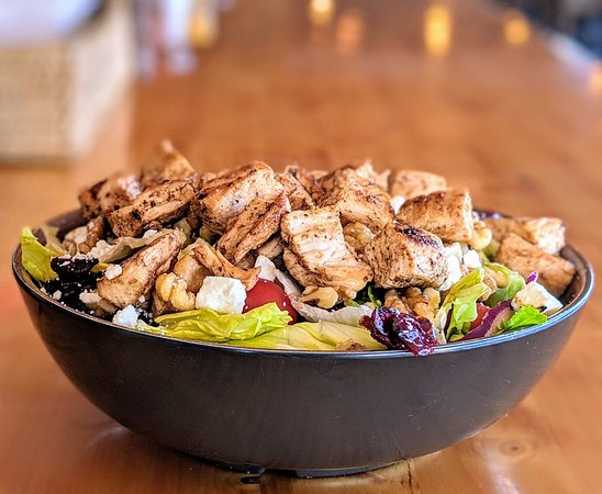 House Salad with Fresh Grilled Chicken