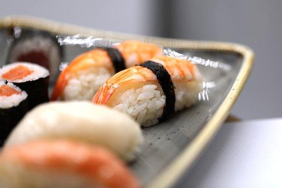 Only Sushi: nigiris y makis