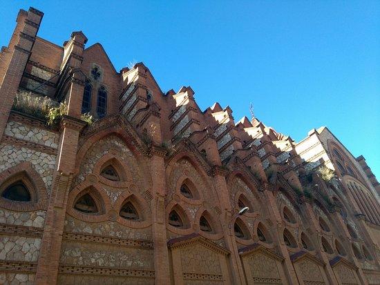 Sabadell, Spania: Parte Superior Lateral