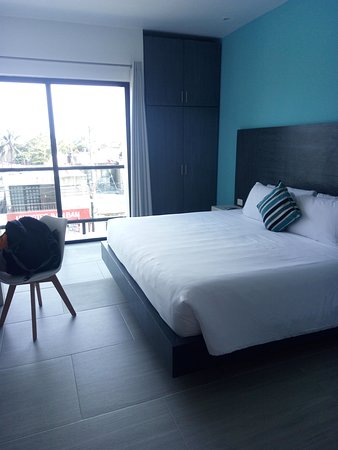 Gorgeous, modern hotel in quiet end of PDC near stunning uncrowded Playa88
