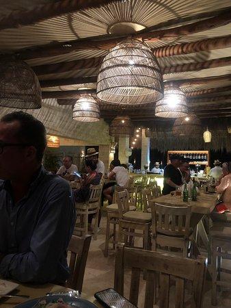 Mar-Bella Rawbar & Grill Isla Mujeres