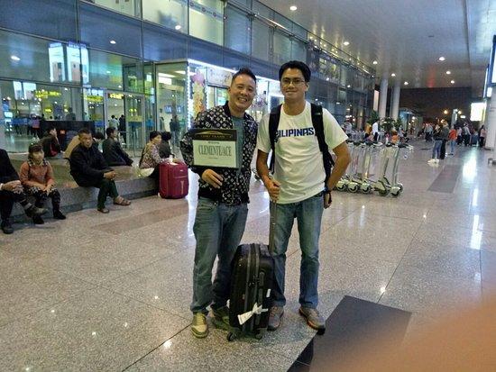 airport transfer, limo trans, limo trans hanoi, limo trans airport transfers
