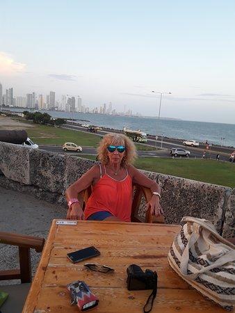 """HERMOSA VISTA DE CARTAGENA , DESDE EL """" CAFE DEL MAR """" PURO RELAX !!!"""