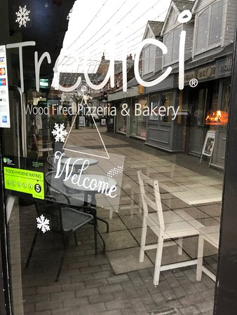 Welcome to Tredici Wood Fired Pizzeria & Bakery ❤️