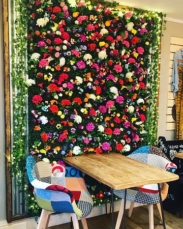 Instagram flower wall