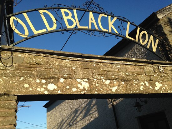 Restaurant at The Old Black Lion: entrée hôtel