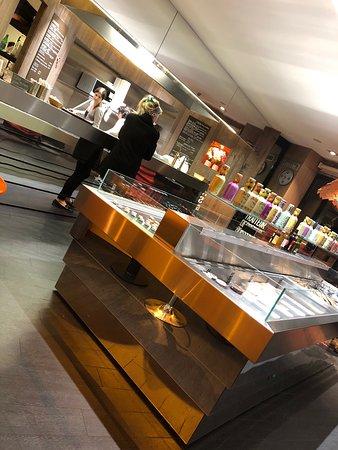 Traiteur Innov , Mionnay - Restaurant Avis, Numéro de Téléphone ... 216942cc0704