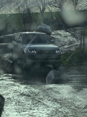Land Rover Experience: Wading