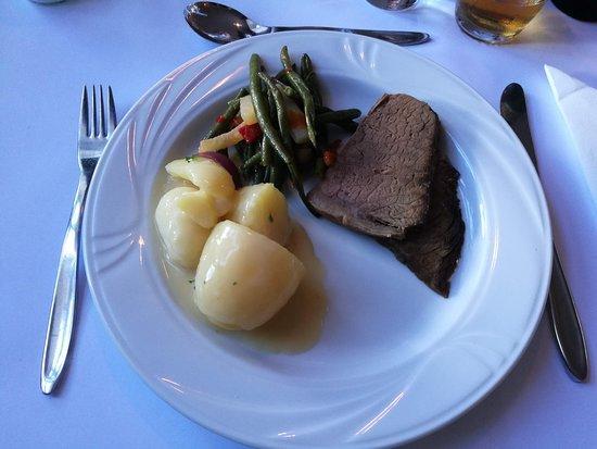 Tjaereborg, Dänemark: Kødet hvor suppen var tilberedt på. Behøver ikke nævne hvor mørt det var vel. Det smeltede.