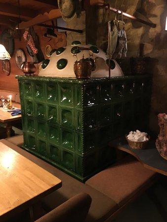 Restaurant St Adolari: De Tegelkachel