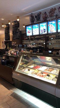 Zeil am Main, Germany: Eiscafe Rosa
