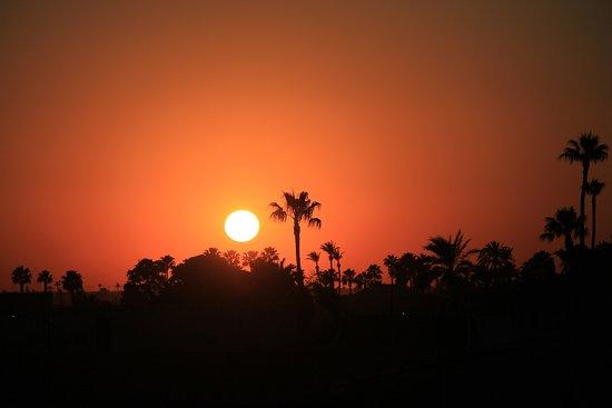 Sonnenuntergang auf der Dachterrasse
