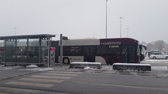 Luxembourg, Luxembourg : Autocarro 16  Aeroporto to city center
