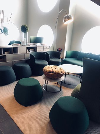 Quality Hotel Globe Photo