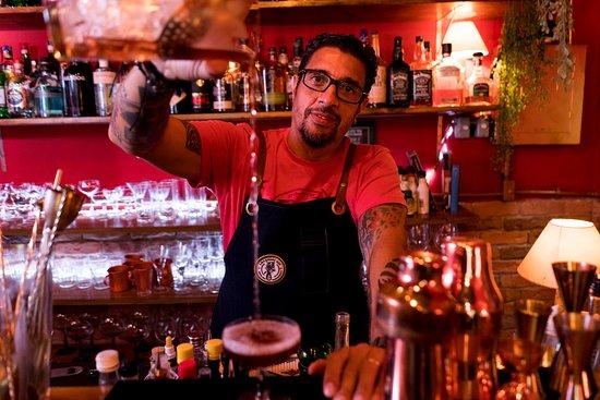 Shake Speakeasy Bar