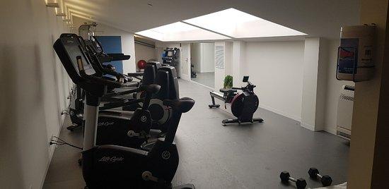 MACq 01 Hotel: Gym