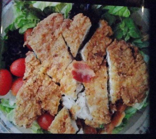 สแตนตัน, แคลิฟอร์เนีย: Buttermilk bacon ranch salad