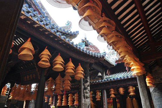 Deqing County, Китай: temple