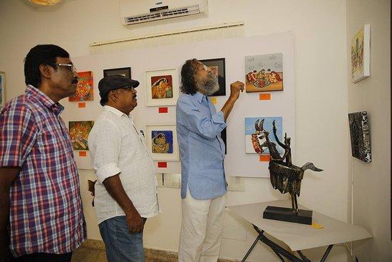 Madras 1O1, A Tamil Nadu Visual Art Festival with Art Exhibition of 15 celebrated Artists between 8th and 16th September, 2018.. inaugurated by Padmashri Thota Tharani, Smt. Revathy Ramachandran, and Shri Anil Srinivasan..