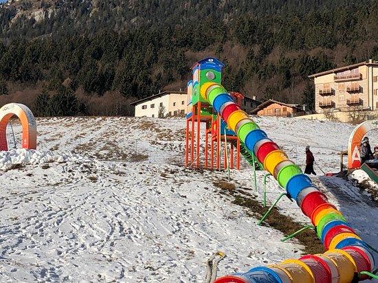 Andalo, Italia: scivolo