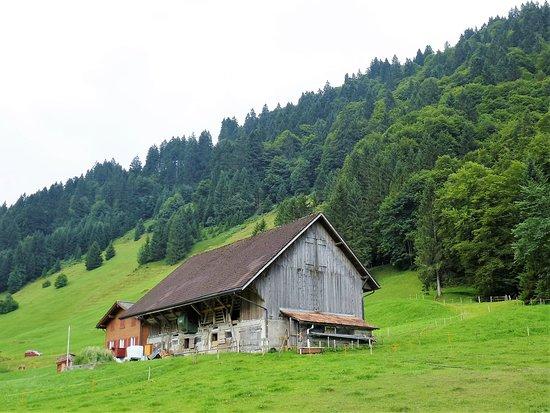 Canton of Obwalden, Szwajcaria: Charming farmhouse on the way to Mt Titlis