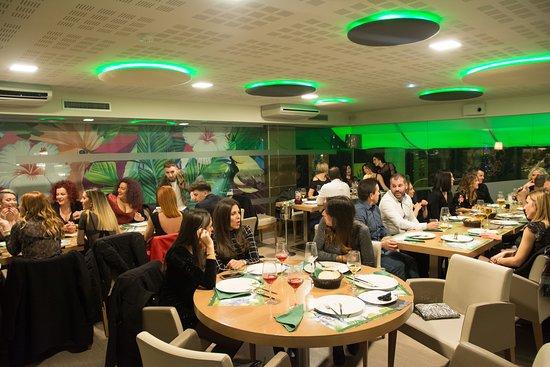 Salon en el que puedes celebrar reuniones, comidas y cenas en un ambiente más reservado