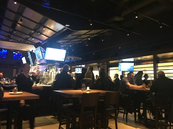 Yard House Troy Menu Prices Restaurant Reviews