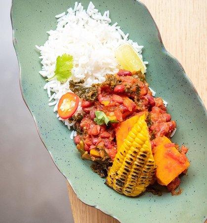 Mint Restaurant: Chile sin carne moniato, kale, fesol vermell i arròs