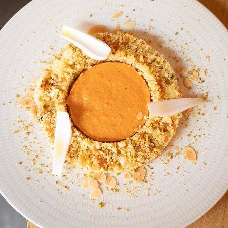 Mint Restaurant: Taboulé de cous cous amb fruits secs, verduretes i romesco