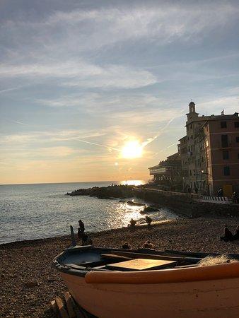 Boccadasse: The beach