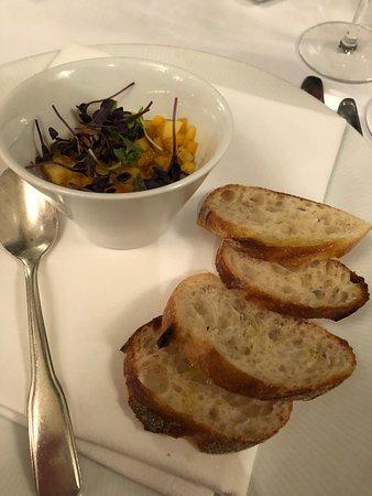 The Grand Tier Restaurant: Apetizzer - chicken and foie gras pate