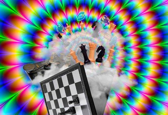 """Petrovo, รัสเซีย: Эскейп квест """"Иллюзии мира Фивы""""  Продолжительность 1 час  От 2х до 6и игроков."""