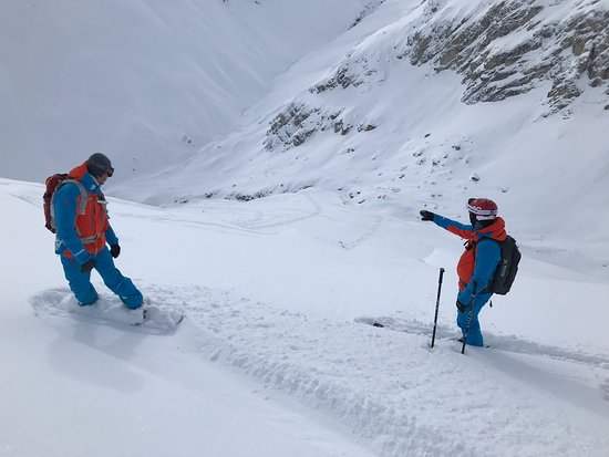 Oxygene Ski School Val d'Isere: Deep Powder Off Piste Skiing with Rèmi and Stéphane - the best instructors and guides ever met!