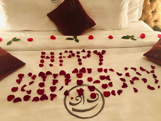 Riad Wow: Birthday surprise for the wife