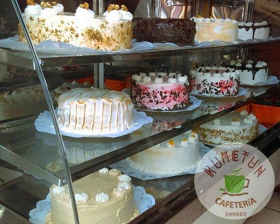 Kümetun Cafeteria-pasteleria: Pastelería artesanal en Chanco que rescata los sabores tradicionales y autóctonos de la zona elaborando productos con los mejores ingredientes.