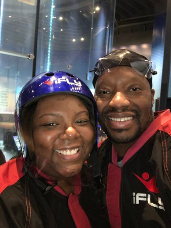 iFLY Baltimore: ME AND THE FIANCE LOVING IT...