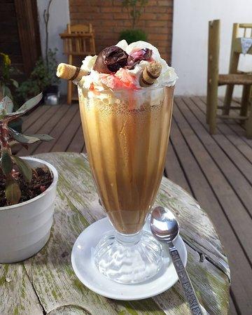Kümetun Cafeteria-pasteleria: Café helado