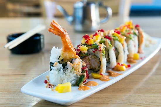 Voted Best Seafood in Boise 2014, 2015, 2016, 2017, 2018   Something for everyone for lunch and dinner with BUNCH ON THE WEEKENDS! Sushi, seafood, fish n chips, Ahi, Ribeye, Baked lobster mac & cheese, burgers, soup, and gourmet salads.