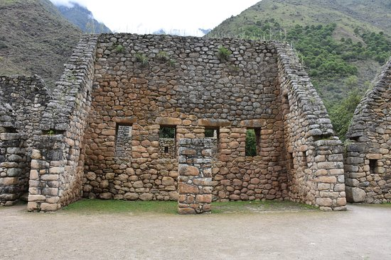 Glamping Peru Treks: first stop after check point